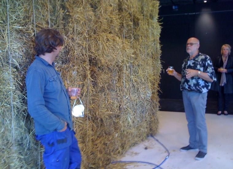 Kunstenaar Robbert van der Horst in gesprek met Tom de Vries van het Rondeel Deventer