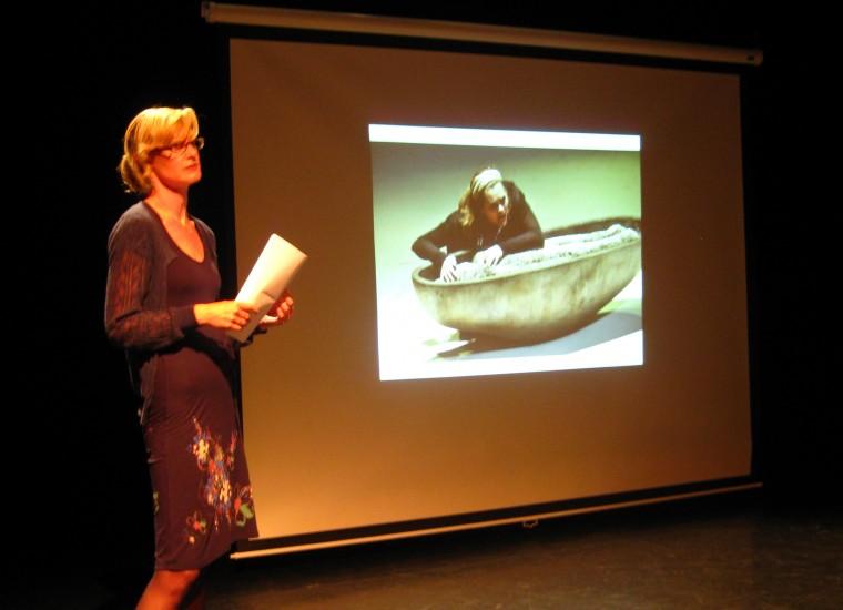 Arda van Dam presenteert het Kameroperahuis Zwolle